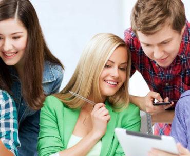 iphones im Unterricht - Schueler im Unterricht